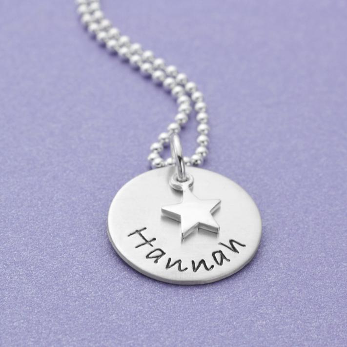 KLEINER STERN 925 Silber Kette mit Praegung eines Wunschnamens, Gravur